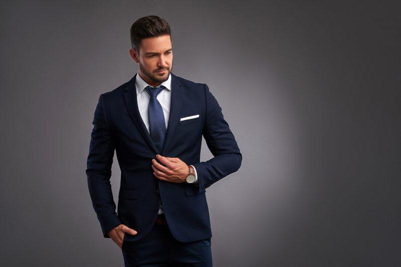 オーダースーツの前にこれは押さえておきたいビジネススーツの着こなしマナーについて